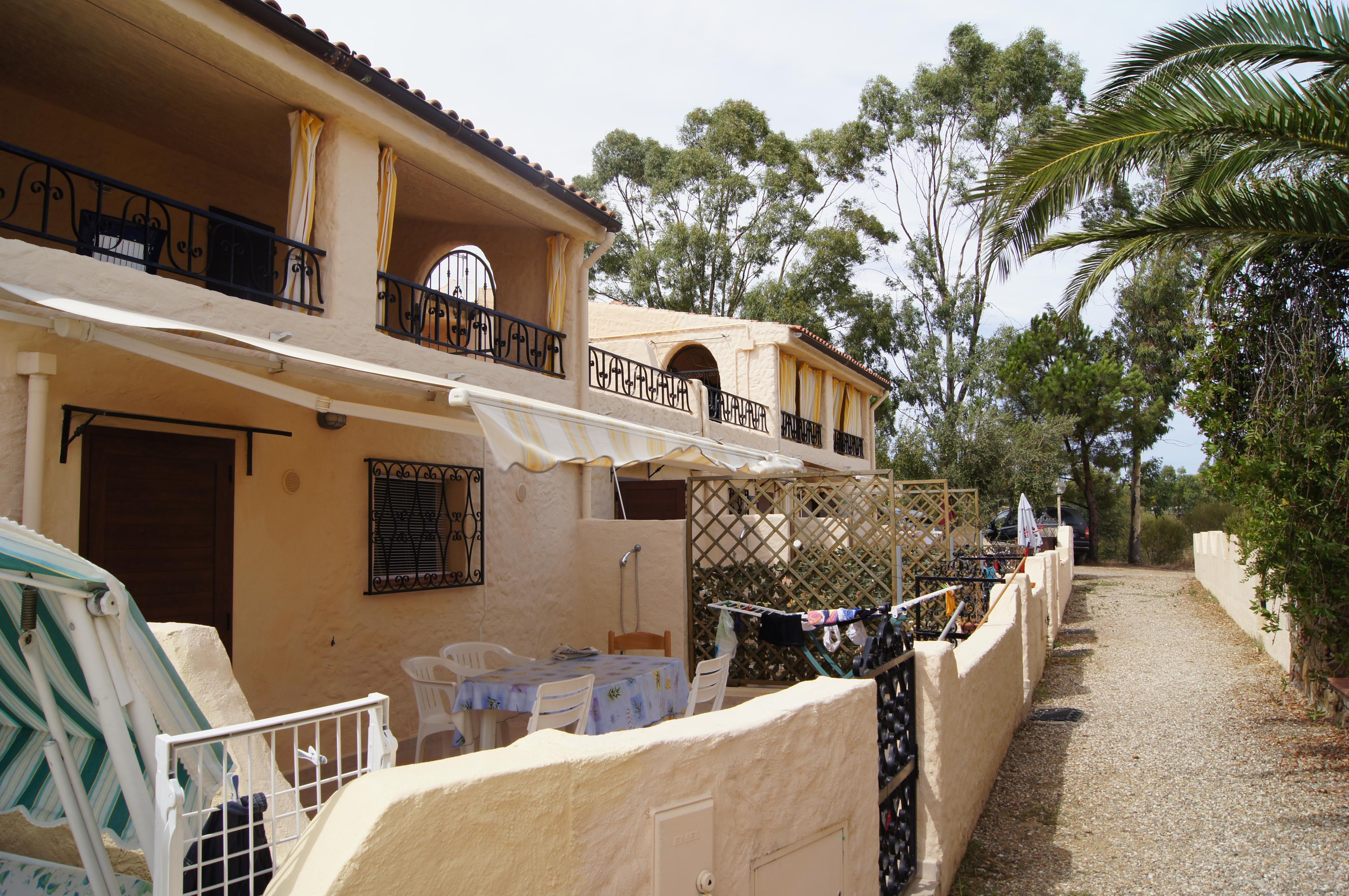 Residence riva azzurra sardegna turismo servizi for Residence agrustos